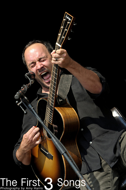 Dave Matthews of Dave and Tim performs during day two of the Dave Matthews Band Caravan at Lakeside on July 9, 2011 in Chicago, Illinois.