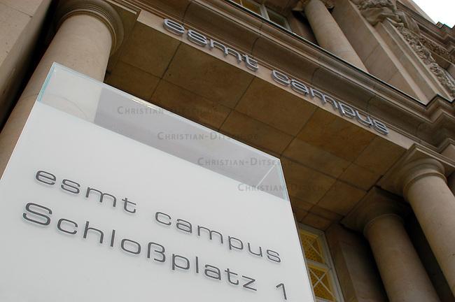 Elite-Uni &quot;Europaen School of Management and Technonlogy&quot; (ESMT) in Berlin<br /> Im Januar 2006 soll mit mehrmonatiger Verspaetung die Elite-Universitaet &quot;European School of Management and Technonlogy&quot; (ESMT) den Betrieb aufnehmen. Urspruenglich sollte die Privat-Universiteat bereits im Herbst 2005 eroeffnet werden.<br /> Das Gebaeude im Wert von 23,8 Millionen Euro wurde den Betreibern (u.a. der &quot;Hertie School of Governance, DaimlerChrysler, Allianz, Deutsche Bank, Siemens) vom Berliner Senat geschenkt.<br /> 5.1.2006, Berlin<br /> Copyright: Christian-Ditsch.de<br /> [Inhaltsveraendernde Manipulation des Fotos nur nach ausdruecklicher Genehmigung des Fotografen. Vereinbarungen ueber Abtretung von Persoenlichkeitsrechten/Model Release der abgebildeten Person/Personen liegen nicht vor. NO MODEL RELEASE! Nur fuer Redaktionelle Zwecke. Don't publish without copyright Christian-Ditsch.de, Veroeffentlichung nur mit Fotografennennung, sowie gegen Honorar, MwSt. und Beleg. Konto: I N G - D i B a, IBAN DE58500105175400192269, BIC INGDDEFFXXX, Kontakt: post@christian-ditsch.de<br /> Bei der Bearbeitung der Dateiinformationen darf die Urheberkennzeichnung in den EXIF- und  IPTC-Daten nicht entfernt werden, diese sind in digitalen Medien nach &sect;95c UrhG rechtlich geschuetzt. Der Urhebervermerk wird gemaess &sect;13 UrhG verlangt.]