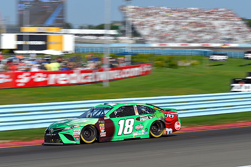 #18: Kyle Busch, Joe Gibbs Racing, Toyota Camry M&M's Flavor Vote Winner