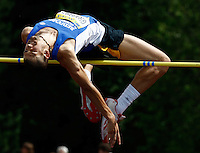 Photo: Richard Lane/Richard Lane Photography..Aviva World Trials & UK Championships athletics. 11/07/2009. Robbie Grabarz in the men's high jump.