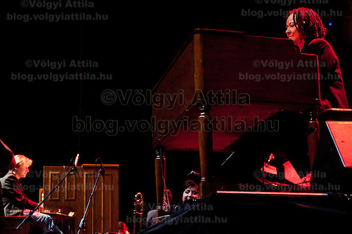 Musicians Xaver Varnus  (L) and Rhoda Scott (R) perform on the organ during a concert held together titled duel of the organists in Budapest, Hungary on April 10, 2011. ATTILA VOLGYI