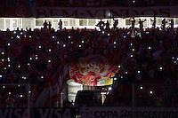 PORTO ALEGRE,RS, 27.05.2015 - INTERNACIONAL-SANTA FE - Torcida do Internacional durante partida contra Santa Fé (COL) válida pela quartas de finais da Copa Libertadores no estádio Beira Rio na cidade de Porto Alegre, nesta quarta-feira, 27. (Foto: Carlos Ferrari/Brazil Photo Press)