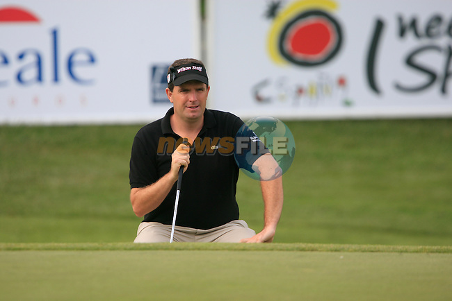 Anthony Wall (ENG) on the 18th green during Day 3 of the Open de Espana at Real Club De Golf El Prat, Terrasa, Barcelona, 7th May 2011. (Photo Eoin Clarke/Golffile 2011)