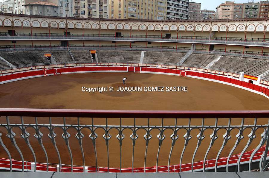 .Vista de la plaza de toros de Santander..FOTO JOAQUIN GOMEZ SASTRE ©.