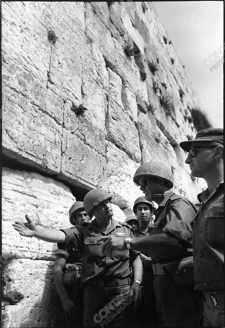 Six Day War, Israeli soldiers at Wailing Wall at time of Jerusalem storming, Six Day War, Israel, June 1967