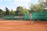 Andrea Petkovic auf dem Center Court des TEC Darmstadt beim Dumusstkämpfen Charity-Turnier