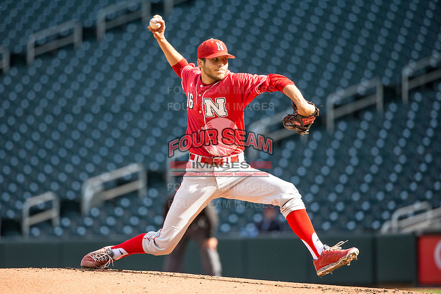 Chance Sinclair (16) of the Nebraska Cornhuskers pitches during the 2015 Big Ten Conference Tournament between the Illinois Fighting Illini and Nebraska Cornhuskers at Target Field on May 20, 2015 in Minneapolis, Minnesota. (Brace Hemmelgarn/Four Seam Images)