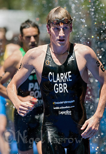 31 MAY 2009 - MADRID,ESP - Will Clarke - ITU World Championship Series Mens Triathlon (PHOTO (C) NIGEL FARROW)