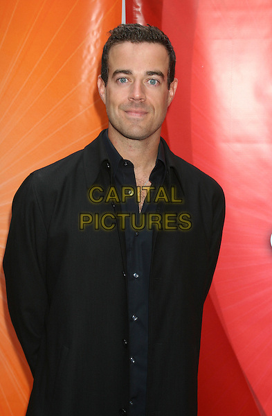 CARSON DALY.2005/2006 NBC UpFront -Arrivals .Rockefeller Center in New York City.May 16th, 2005.half length black suit jacket.www.capitalpictures.com.sales@capitalpictures.com.©Capital Pictures