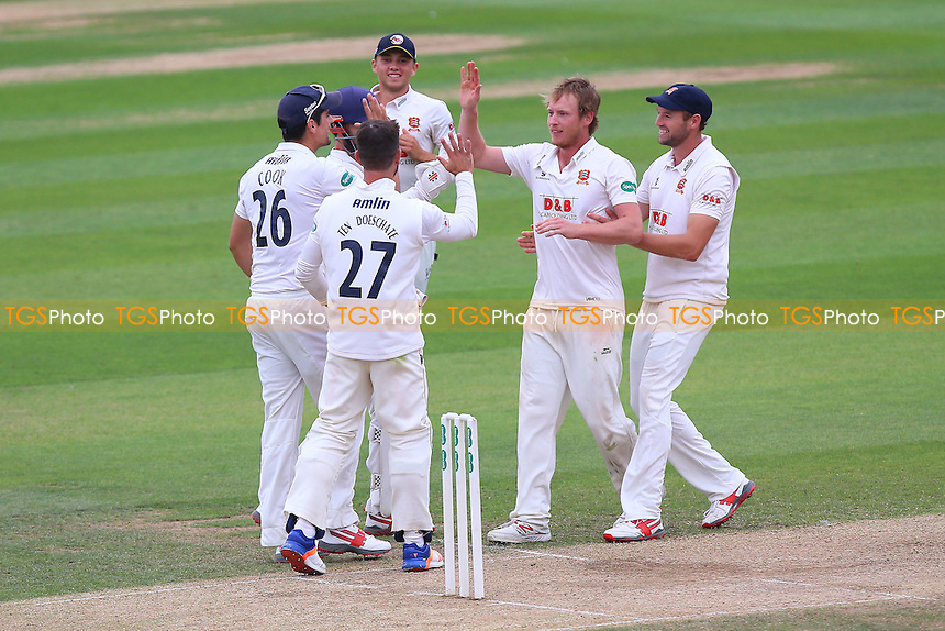Tom Westley (2nd R) of Essex is congratulated by his team mates after taking the wicket of Ross Whiteley during Essex CCC vs Worcestershire CCC, Specsavers County Championship Division 2 Cricket at the Essex County Ground on 2nd September 2016
