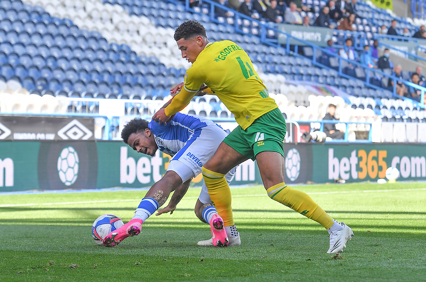 Huddersfield Town's Isaac Mbenza battles with Norwich City's Ben Godfrey<br /> <br /> Photographer Dave Howarth/CameraSport<br /> <br /> The EFL Sky Bet Championship - Huddersfield Town v Norwich - Saturday September 12th 2020 - The John Smith's Stadium - Huddersfield<br /> <br /> World Copyright © 2020 CameraSport. All rights reserved. 43 Linden Ave. Countesthorpe. Leicester. England. LE8 5PG - Tel: +44 (0) 116 277 4147 - admin@camerasport.com - www.camerasport.com