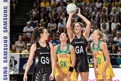 09.10.2016. Qudos Bank Arena, Sydney, Australia. Constellation Cup Netball. Australia Diamonds versus New Zealand Silver Ferns. New Zealands Te Paea Selby-Rickit prepares to shoot and score. The Diamonds won the game 68-56.