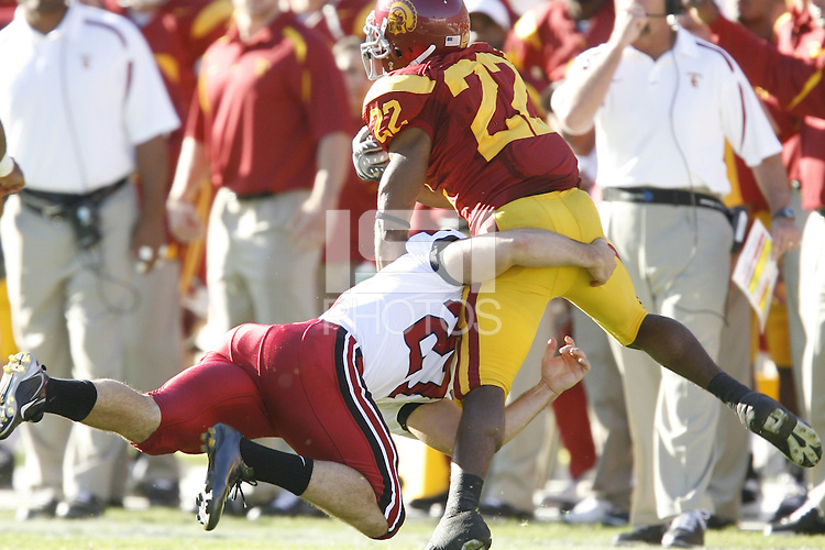 6 October 2007: Jay Ottovegio makes a tackle during Stanford's 24-23 win over the #1 ranked USC Trojans in the Los Angeles Coliseum in Los Angeles, CA.