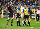 1st October 2017, Ricoh Arena, Coventry, England; Aviva Premiership rugby, Wasps versus Bath Rugby;  Referee Mathew Carley and captains Joe Launchbury (Wasps) and Charlie Ewels (Bath) watch a replay on the big screen