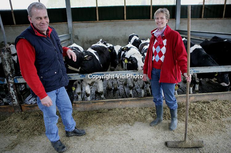 Foto: VidiPhoto..WAGENINGEN - Het vleeskalverenbedrijf van Geurt Janssen van Doorn uit Wageningen.
