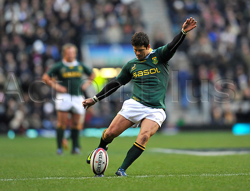 27.11.2010. Morne Steyn of South Africa kicks a conversion.  International Rugby England vs South Africa at Twickenham Stadium, England.