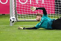 Torwart Kevin Trapp (Deutschland Germany) - 24.05.2018: Training der Deutschen Nationalmannschaft zur WM-Vorbereitung in der Sportzone Rungg in Eppan/Südtirol