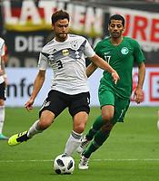 Jonas Hector (Deutschland Germany) gegen Taisir Al-Jassim (Saudi-Arabien) - 08.06.2018: Deutschland vs. Saudi-Arabien, Freundschaftsspiel, BayArena Leverkusen