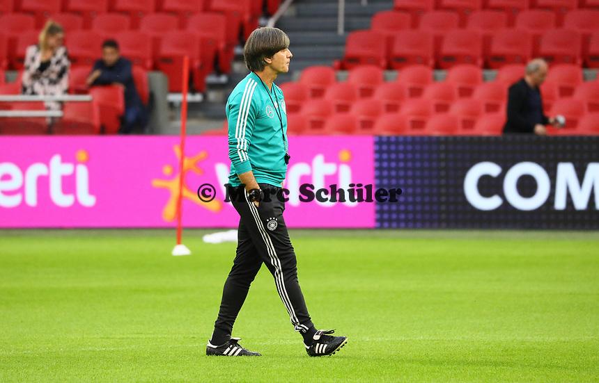 Bundestrainer Joachim Loew (Deutschland Germany) - 12.10.2018: Abschlusstraining der Deutschen Nationalmannschaft vor dem UEFA Nations League Spiel gegen die Niederlande