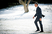 United States President Barack Obama leaves the Oval Office and walks to Marine One on the South Lawn of the White House in Washington, District of Columbia, U.S., on Wednesday, Jan. 7, 2015.  Obama is traveling to the Ford Michigan Assembly Plant in Wayne, Michigan to deliver remarks highlighting the workers in the resurgent American automotive and manufacturing sector now that the auto rescue has been completed and the decision to save the auto industry and the over one million jobs that went with it. <br /> Credit: Pete Marovich / Pool via CNP