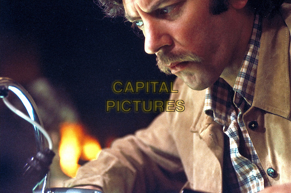 Don't Look Now (1973) <br /> Donald Sutherland <br /> *Filmstill - Editorial Use Only*<br /> CAP/KFS<br /> Image supplied by Capital Pictures