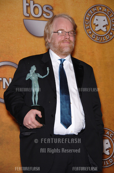 PHILIP SEYMOUR HOFFMAN at the 12th Annual Screen Actors Guild Awards at the Shrine Auditorium, Los Angeles..January 29, 2006  Los Angeles, CA..© 2006 Paul Smith / Featureflash