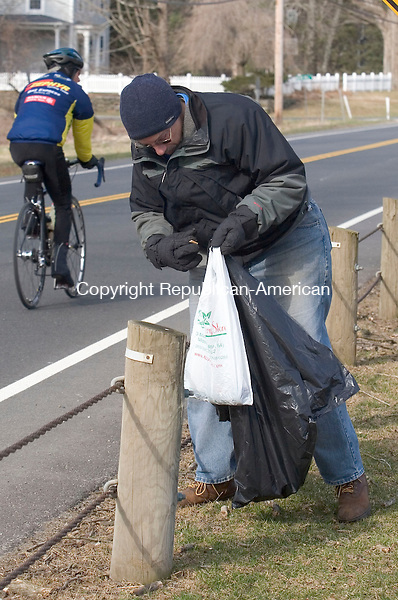 WOODBURY, CT - 07 APRIL 2007 - 040707JW11.jpg -- Andrew Sherman of Woodbury takes part in his first town of Woodbury annual spring townwide cleanup Saturday morning along Route 371. Jonathan Wilcox Republican-American