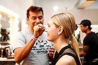 SAO PAULO, SP, 22 DE MARCO 2013 - SPFW TÊCA - Modelos no backstage da grife Têca no último dia do São Paulo Fashion Week primavera-verão na Bienal do Ibirapuera na região sul da cidade de São Paulo nesta sexta-feira, 22. .FOTO: POLINE LYS - BRAZIL PHOTO PRESS.