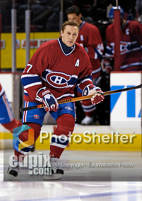 16 January 2007: Montreal Canadiens right wing forward Alexei Kovalev (27) of Russia warms up prior to facing the Vancouver Canucks at the Bell Centre in Montreal, Canada. The Canucks defeated the Canadiens 4-0.