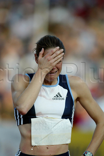 July 30 2004: Portrait of British runner HELEN CLITHEROE (GBR) crying after losing the women's 1500m at the Norwich Union London Grand Prix at Crystal Palace. Maurice Greene (USA) second. Photo: Neil Tingle/Action Plus...athlete 040730 track and field .cry cries lost.