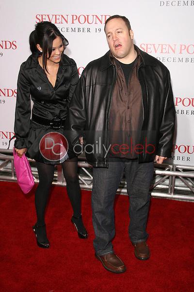 Steffiana De La Cruz and Kevin James <br /> at the Los Angeles Premiere of 'Seven Pounds'. Mann Village Theatre, Westwood, CA. 12-16-08<br /> Dave Edwards/DailyCeleb.com 818-249-4998