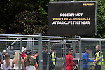 © Joel Goodman - 07973 332324 . 07/06/2015 . Manchester , UK . An appeal , organised by Greater Manchester Police , for information leading to the ID of the murderer of Robert Hart , who died following an assault at the 2014 Parklife festival . Festival goers arrive at The Parklife 2015 music festival in Heaton Park , Manchester . Photo credit : Joel Goodman