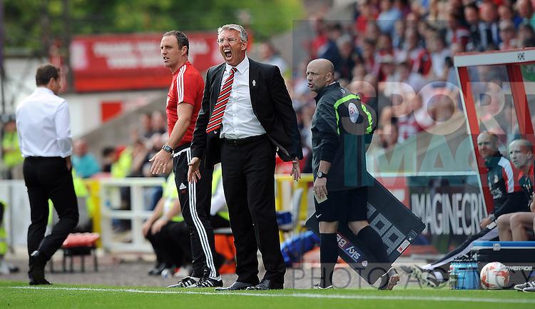 Sheffield United Manager Nigel Adkins<br /> - English League One - Swindon Town vs Sheffield Utd - County Ground Stadium - Swindon - England - 29th August 2015