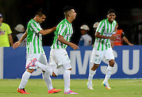 MEDELLÍN -COLOMBIA-10-08-2014. Edwin Cardona (C) de Atlético Nacional celebra un gol anotado a Millonarios durante partido por la fecha 4 de la Liga Postobón II 2014 jugado en el estadio Atanasio Girardot de la ciudad de Medellín./ Atletico Nacional Player Edwin Cardona (C) celebrates a goal scored to Millonarios during the match for the 4th date of the Postobon League II 2014 at Atanasio Girardot stadium in Medellin city. Photo: VizzorImage/Luis Ríos/STR