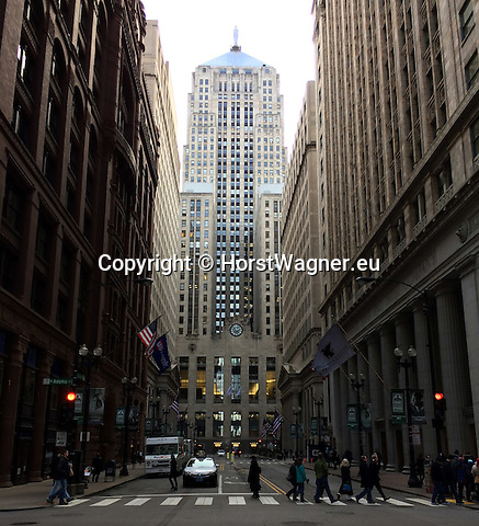 Chicago, Illinois, United States of America / USA; December 28, 2016 -- LaSalle Street, Chicago Board of Trade Building, Art Deco masterpiece; landmark -- Photo: © HorstWagner.eu