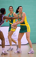 07 OCT 2009 - LOUGHBOROUGH, GBR - Natalie von Bertouch (AUS) - Loughborough Lightning v Australian Diamonds (PHOTO (C) NIGEL FARROW)