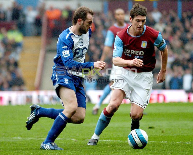 PICTURE BY Will Johnston/SWPIX.COM - Premier league football, Aston Villa v Birmingham City....20/04/08. Copyright - Simon Wilkinson - 07811267706...Birmingham City's James McFadden and Aston Villa's Gareth Barry