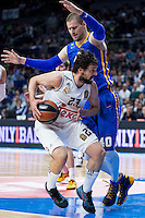Real Madrid's Sergio Llull and Khimki Moscow's Paul Davis during Euroleague match at Barclaycard Center in Madrid. April 07, 2016. (ALTERPHOTOS/Borja B.Hojas) /NortePhoto