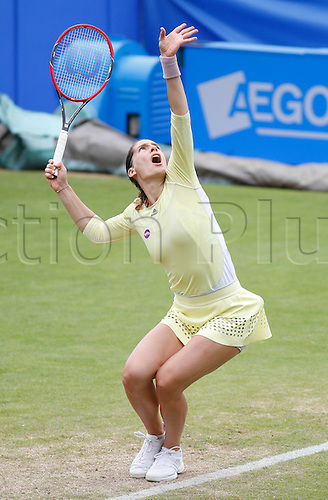23.06.2016 Eastbourne, England. Aegon International Eastbourne Tennis Tournament. Andrea Petkovic (GER) serves as she is beaten by Ekaterina Makarova (RUS) by a score 3-6, 6-4, 6-0 in their Quarterfinals match at Devonshire Park.