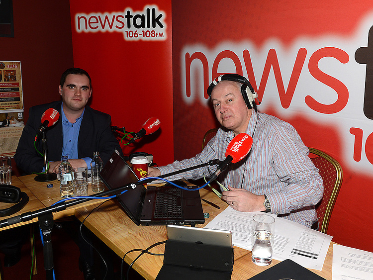 Kevin Callan speaking to Newstalk's Bobby Kerr at the d Hotel. Photo:Colin Bell/pressphotos.ie