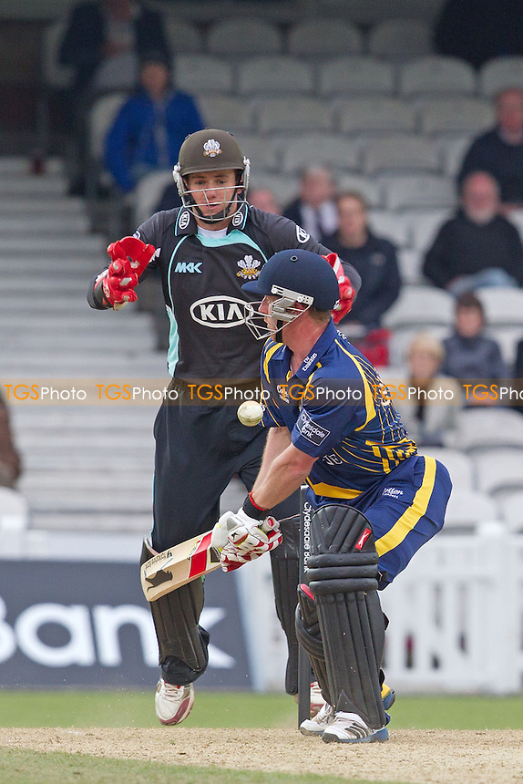 Paul Collingwood, Durham CCC tries to improvise - Surrey Lions vs Durham Dynamos - Clydesdale Bank CB40 Cricket at The Kia Oval, London - 20/05/12 - MANDATORY CREDIT: Ray Lawrence/TGSPHOTO - Self billing applies where appropriate - 0845 094 6026 - contact@tgsphoto.co.uk - NO UNPAID USE.