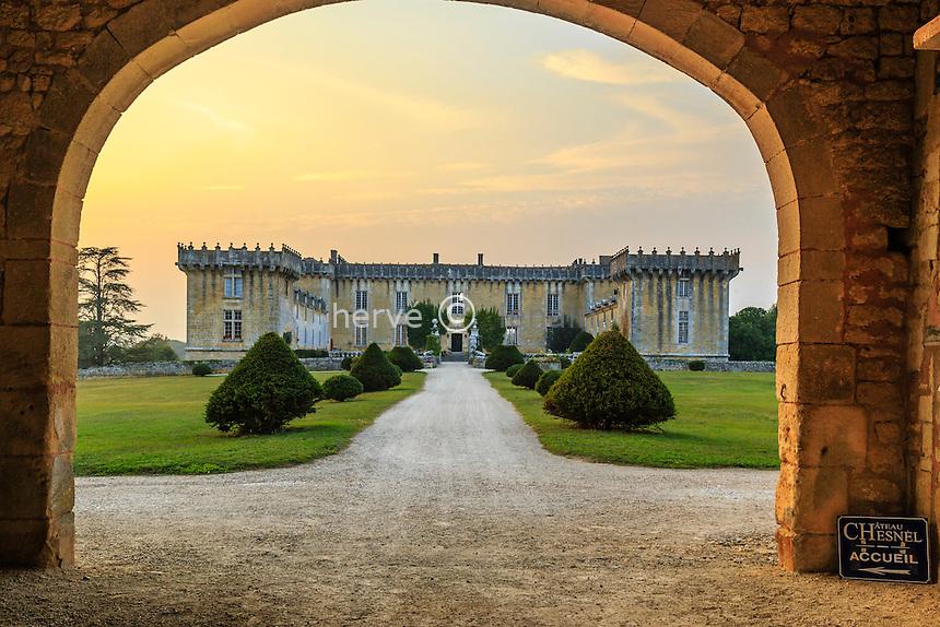 France, Charente (16), Cherves-Richemont, château Chesnel // France, Charente, Cherves Richemont, Chesnel castle