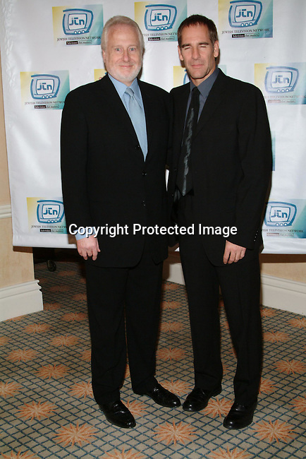 Garry Hart &amp; Scott Bakula<br />