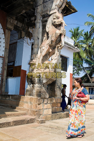 Woman visiting Sree Padmanabhaswamy Temple, Trivandrum, Kerala, India