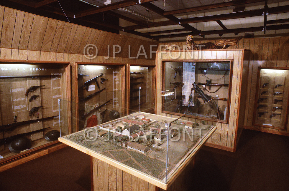 Special Force, April 1982. Special Warfare Museum, in Fort Bragg, North Carolina. Shown souvenirs, badges, weapons taken from the enemy, etc.