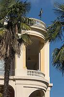 France, Aquitaine, Pyrénées-Atlantiques, Béarn, Pau:  Le Pavillon des Arts est un lieu d'exposition, ancien établissement de bains puis casino  //  France, Pyrenees Atlantiques, Bearn, Pau:  Pavillon des Arts