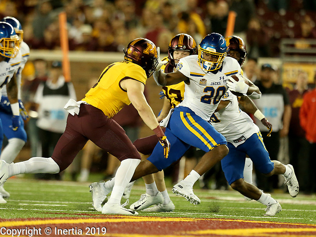 MINNEAPOLIS, MN - AUGUST 29: Pierre Strong, Jr. #20 from South Dakota State University makes a move against the University of Minnesota during their game Thursday night at TCF Bank Stadium in Minneapolis, MN. (Photo by Dave Eggen/Inertia)