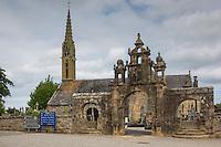 France, Bretagne, (29), Finistère, Presqu'île de Crozon, Argol:  Enclos paroissial d'Argol //  France, Britatny, Peninsula of Crozon, Argol churchyard