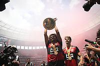 Brasília (DF), 16/02/2020 - Willian do Flamengo comemora título da Supercopa. Partida entre Flamengo e Athletico Paranaense pela Supercopa no estádio Mané Garrincha em Brasília, neste domingo (16).