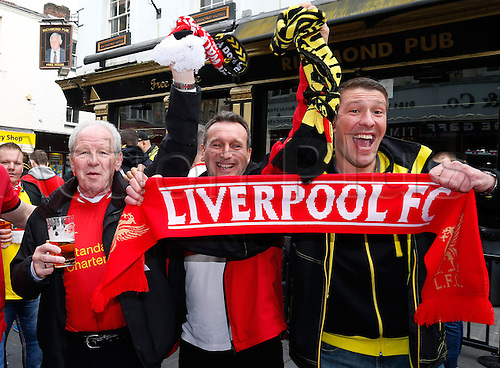 14.04.2016. Liverpool, England.  Borussia Dortmund and Liverpool fans enjoy a pre-match pint together at one of the many pubs in Liverpool city centre while they wait for tonight's UEFA Europa League quarter finals soccer match between Liverpool FC and Borussia Dortmund at the Anfield stadium in Liverpool, north west Britain 14 April 2016.